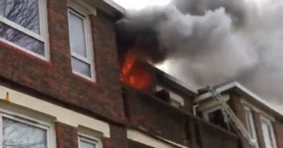 Firefighters rescue couple from burning flat on Valentine's Day