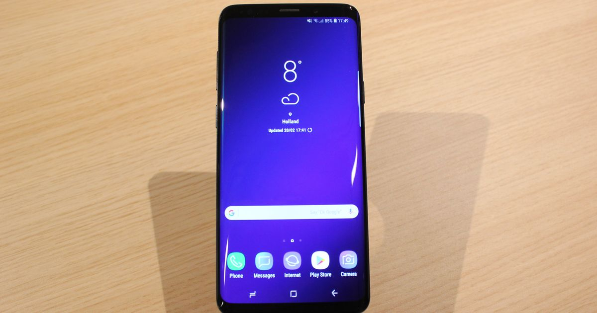 Samsung Galaxy S9 upstages the iPhone X with super slo-mo camera & new 3D emojis
