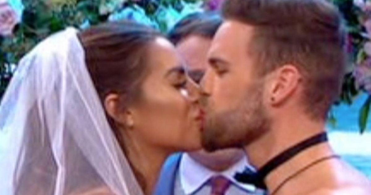 Love Island star gets married live on TV after stripping to bridal white bikini