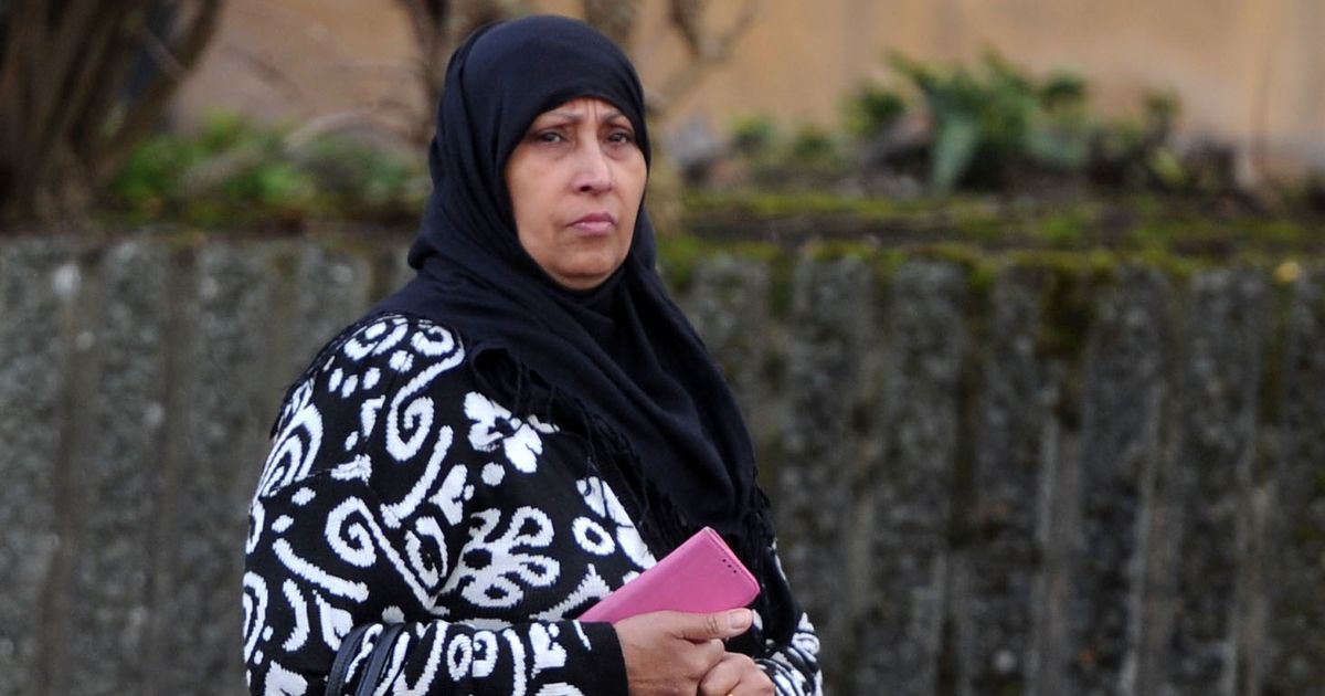 Benefit cheat weeps as she is sentenced for falsely claiming thousands of pounds