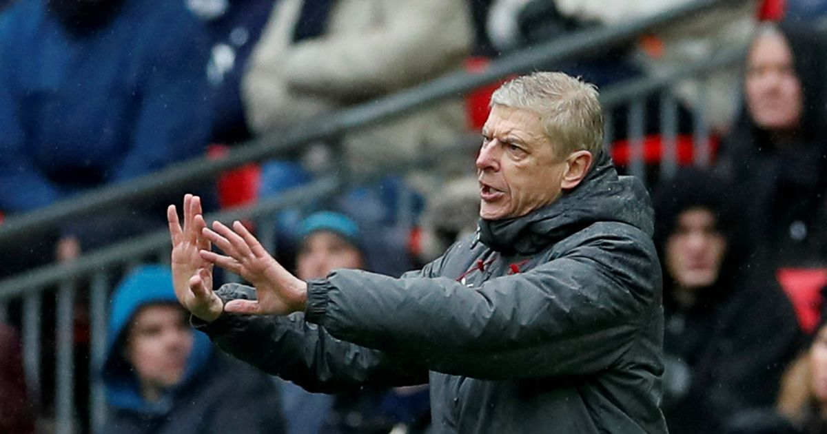 Arsene Wenger makes bumper offer to out-of-contract ex-player