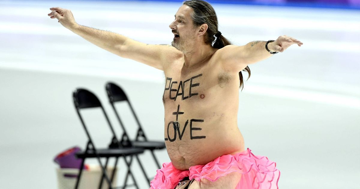 Veteran streaker comes out of retirement to light up Winter Olympics