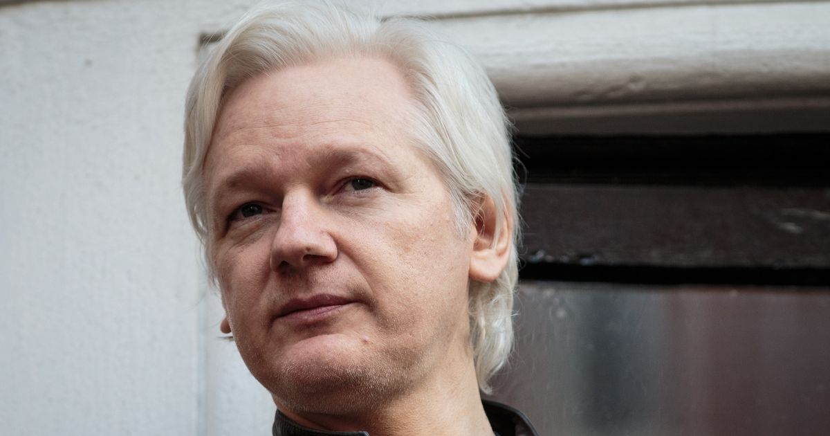 'Suspicious package' found at Ecuadorian Embassy after Assange loses legal bid