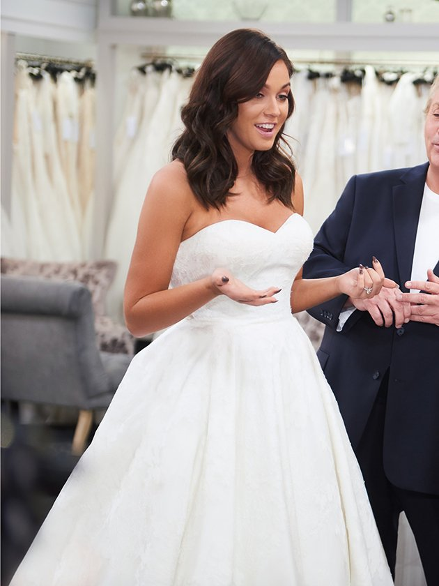 OMG PICS! Is THIS Vicky Pattison's wedding dress?