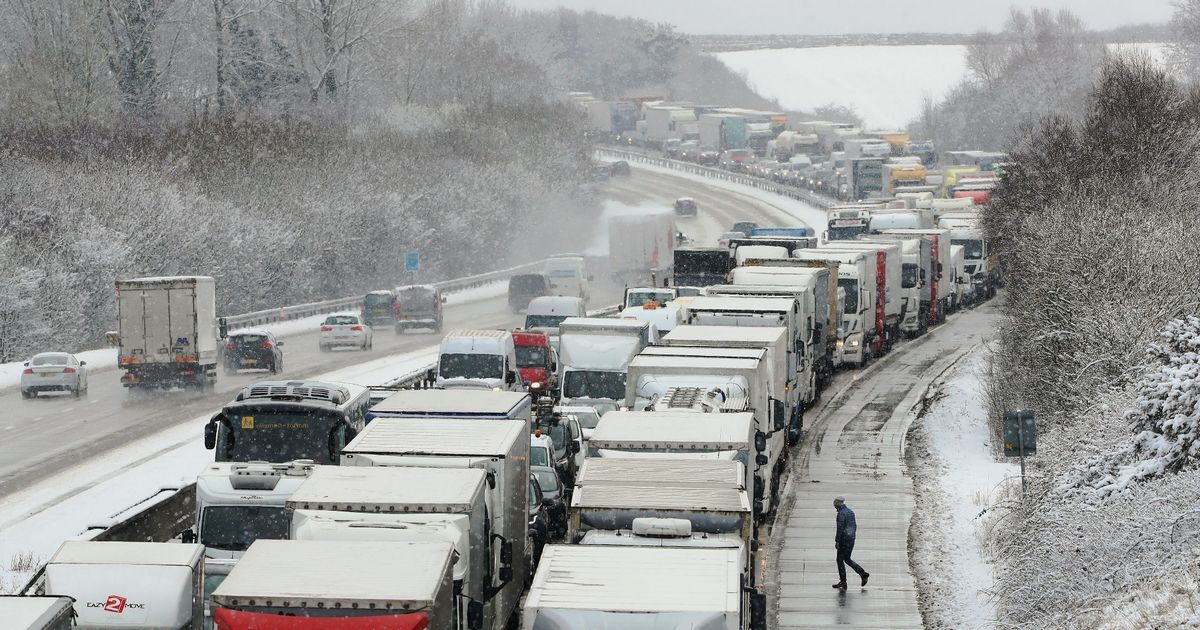 Seventeen vehicles crash on dual carriageway as heavy snow causes travel chaos