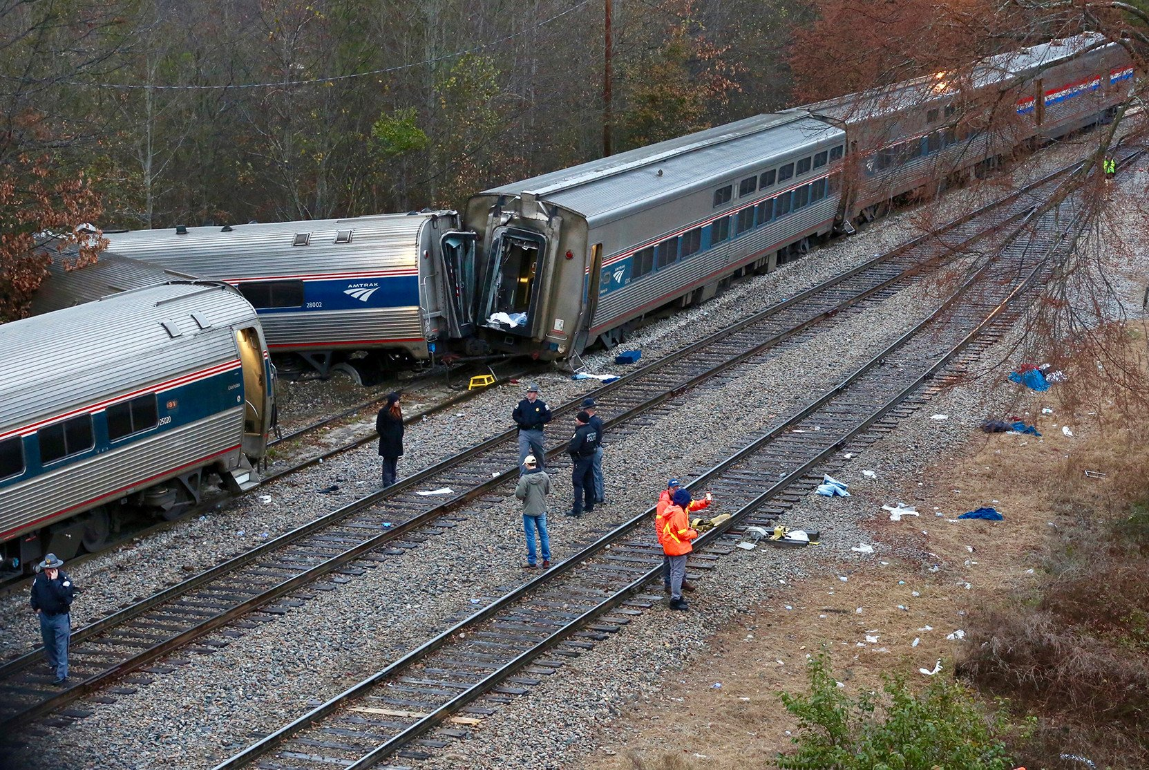 Amtrak train was traveling on wrong track before fatal crash