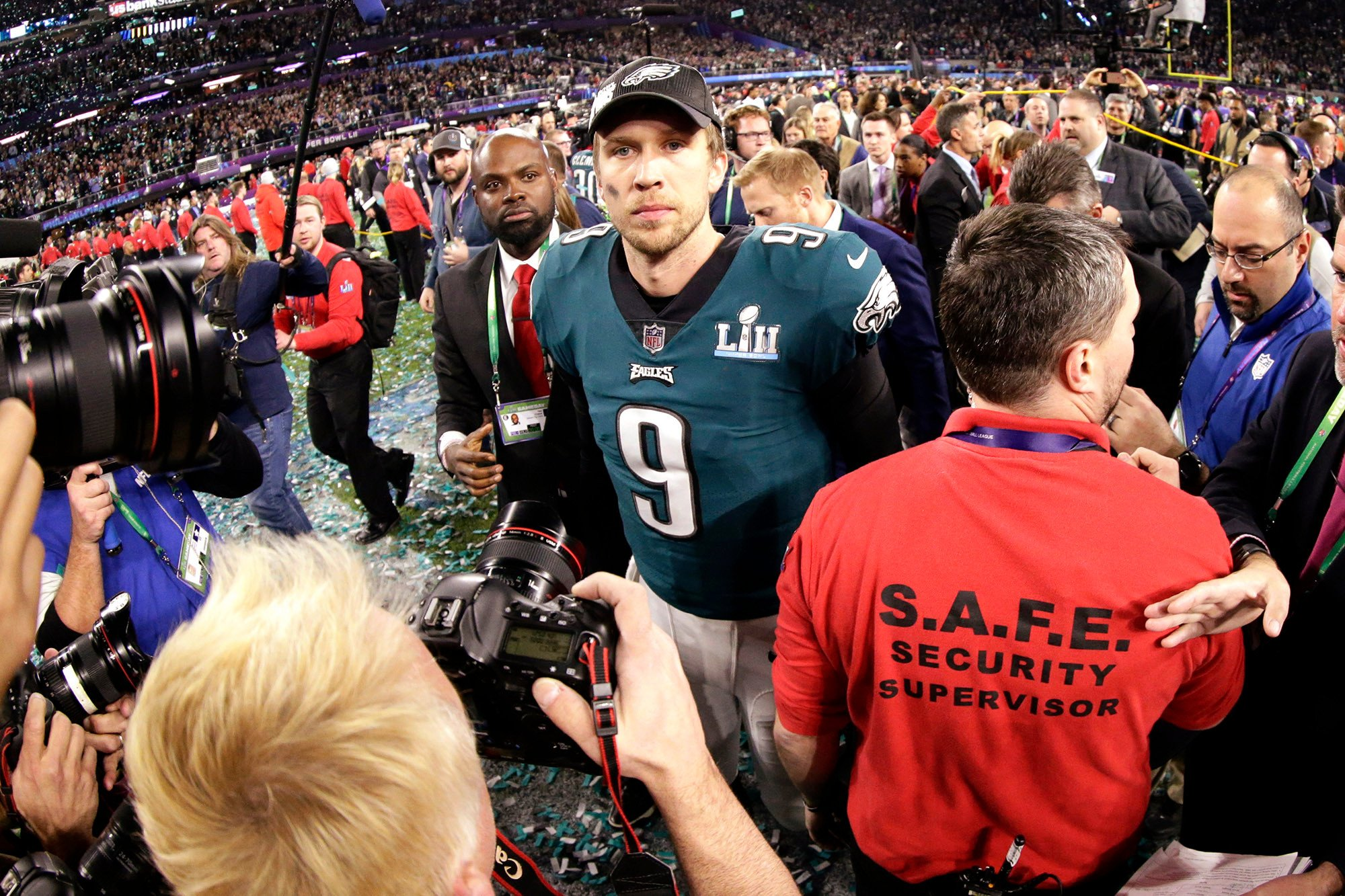 How Nick Foles stared down the greatest of all time