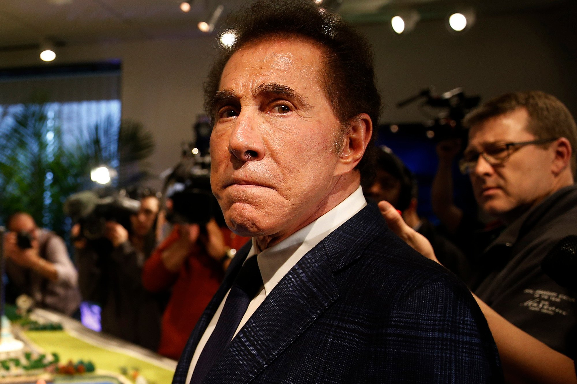 Steve Wynn resigns as CEO of Wynn Resorts after sex harassment claims