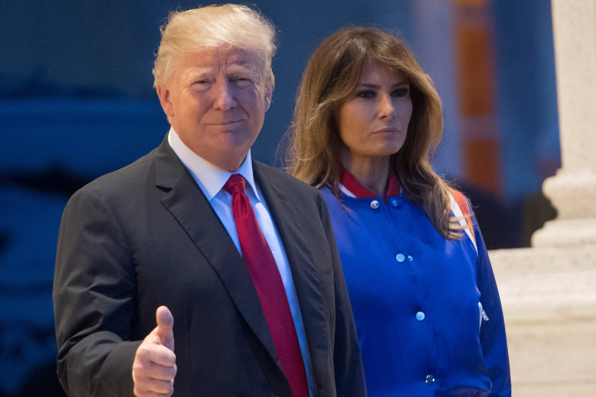 Trump reignites national anthem controversy for Super Bowl