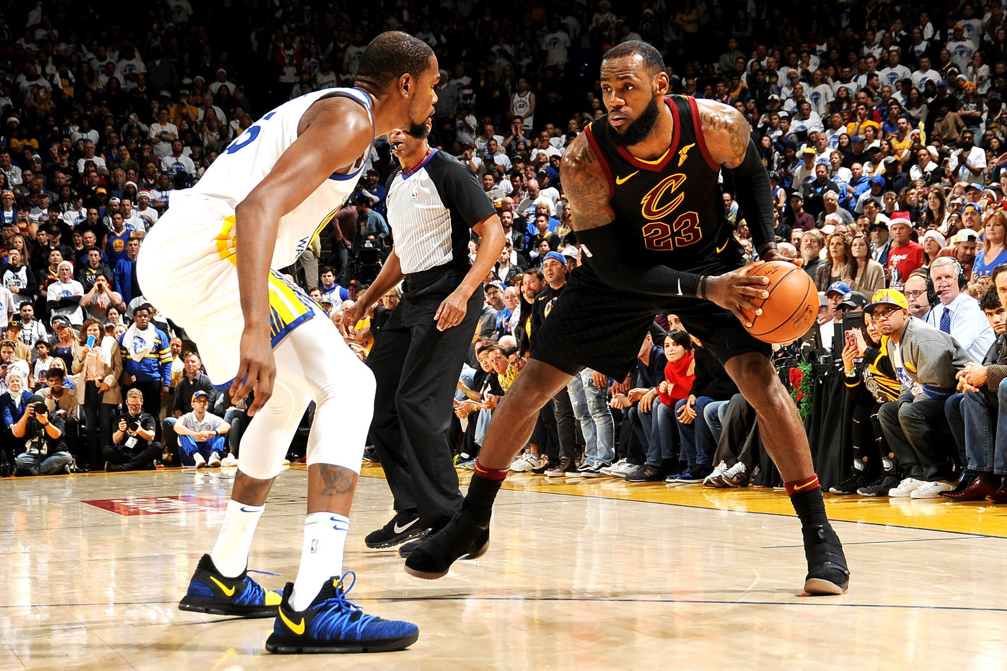 LeBron James' Warriors interest comes with Cavs at rock bottom