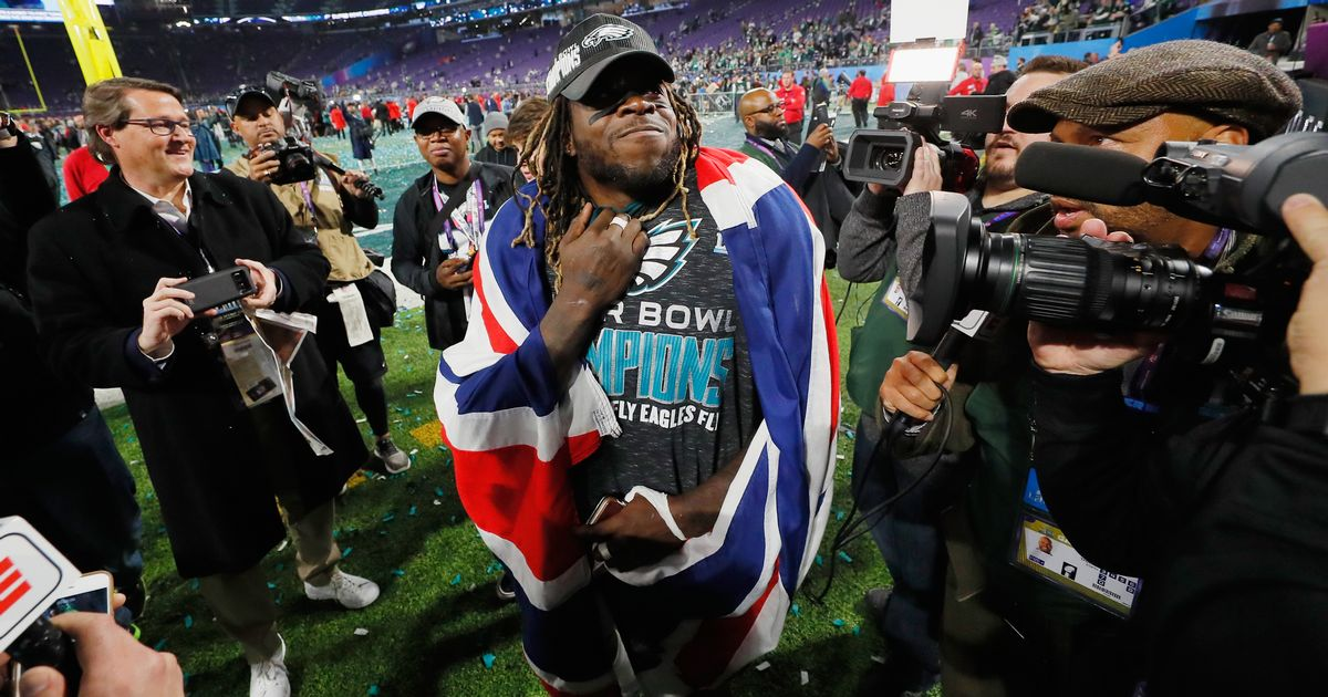 Briton Jay Ajayi so emotional on his Philadelphia Eagles' Super Bowl win