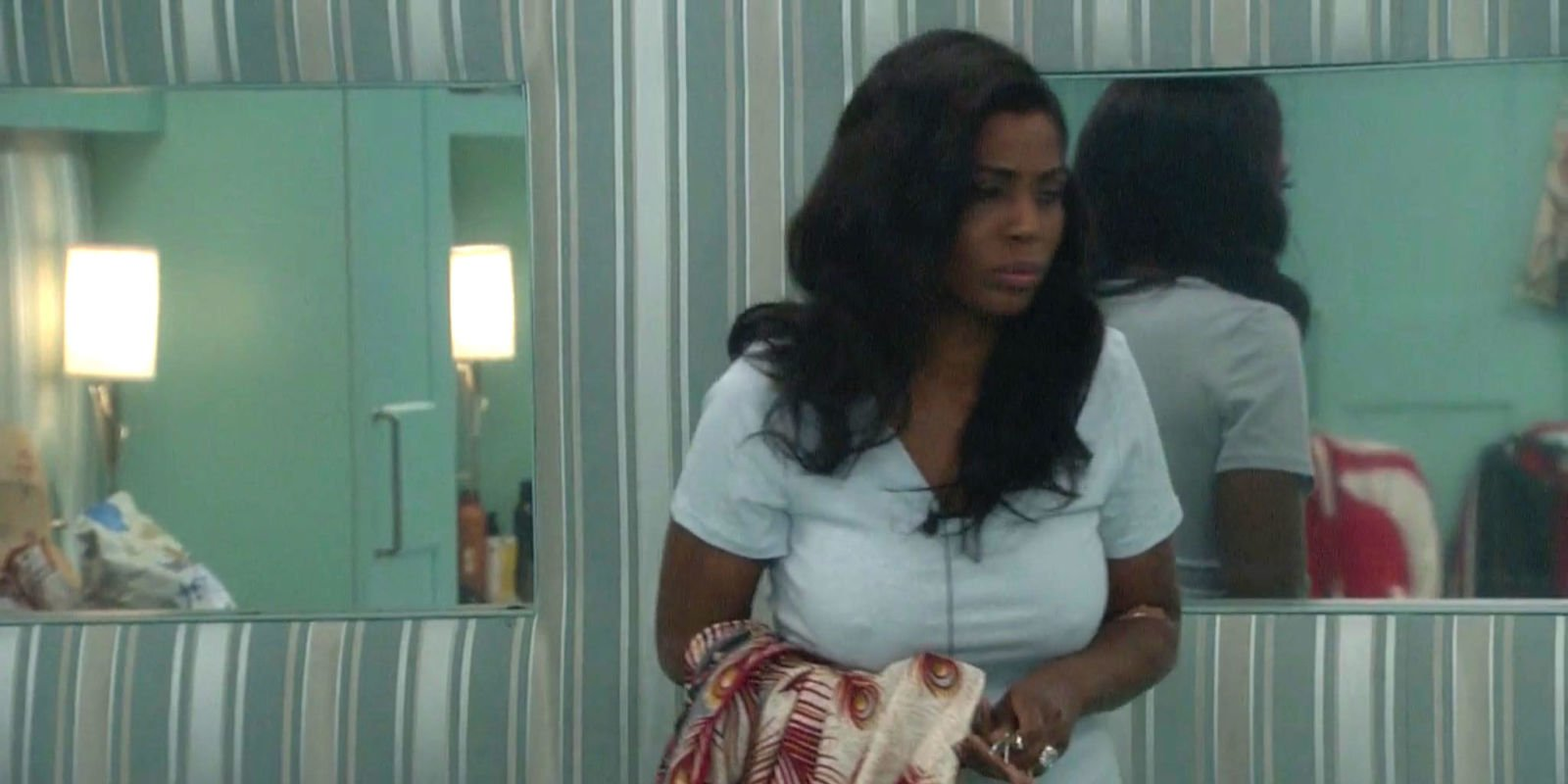 Celebrity Big Brother USA contestant Omarosa Manigault leaves house after task triggers asthma attack