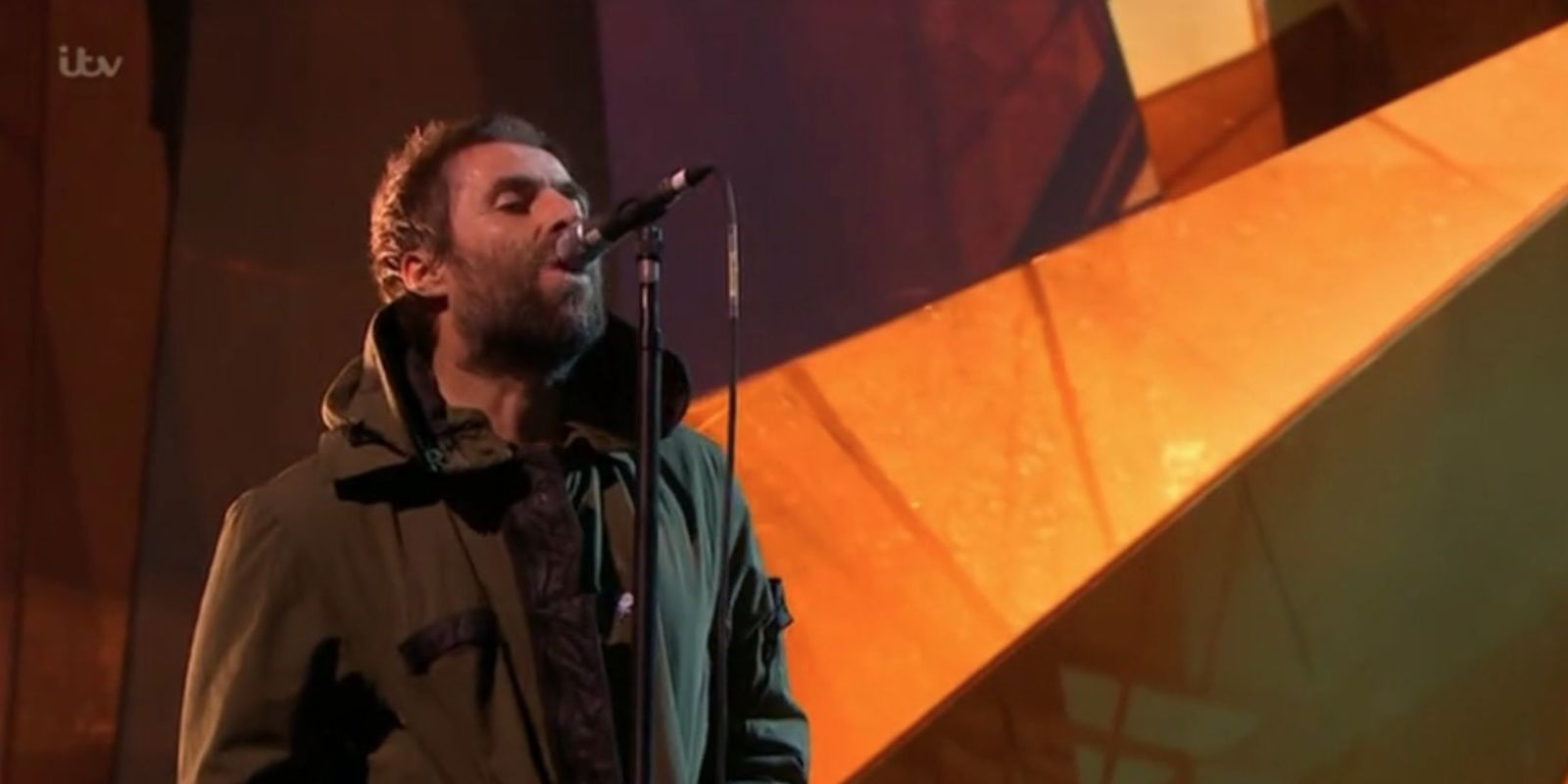 Liam Gallagher honours Manchester victims at BRIT Awards 2018