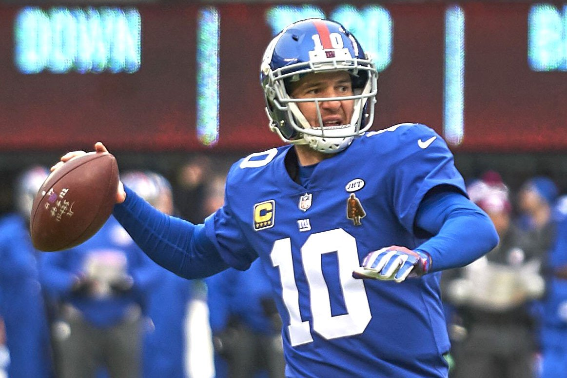 "Eli Manning getting jump on Shurmur's ""O'  — legally, of course"