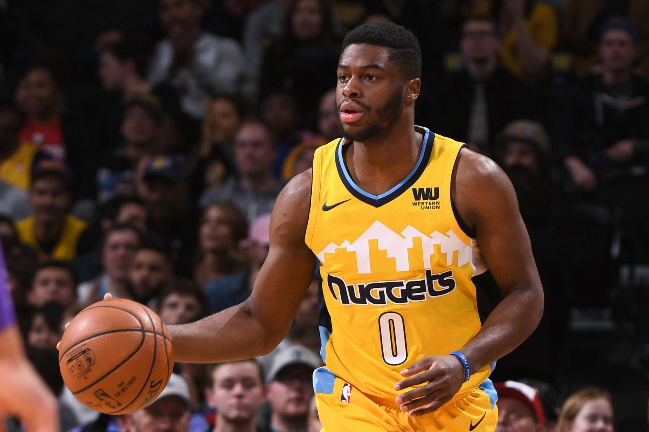 Knicks acquire Emmanuel Mudiay from Nuggets