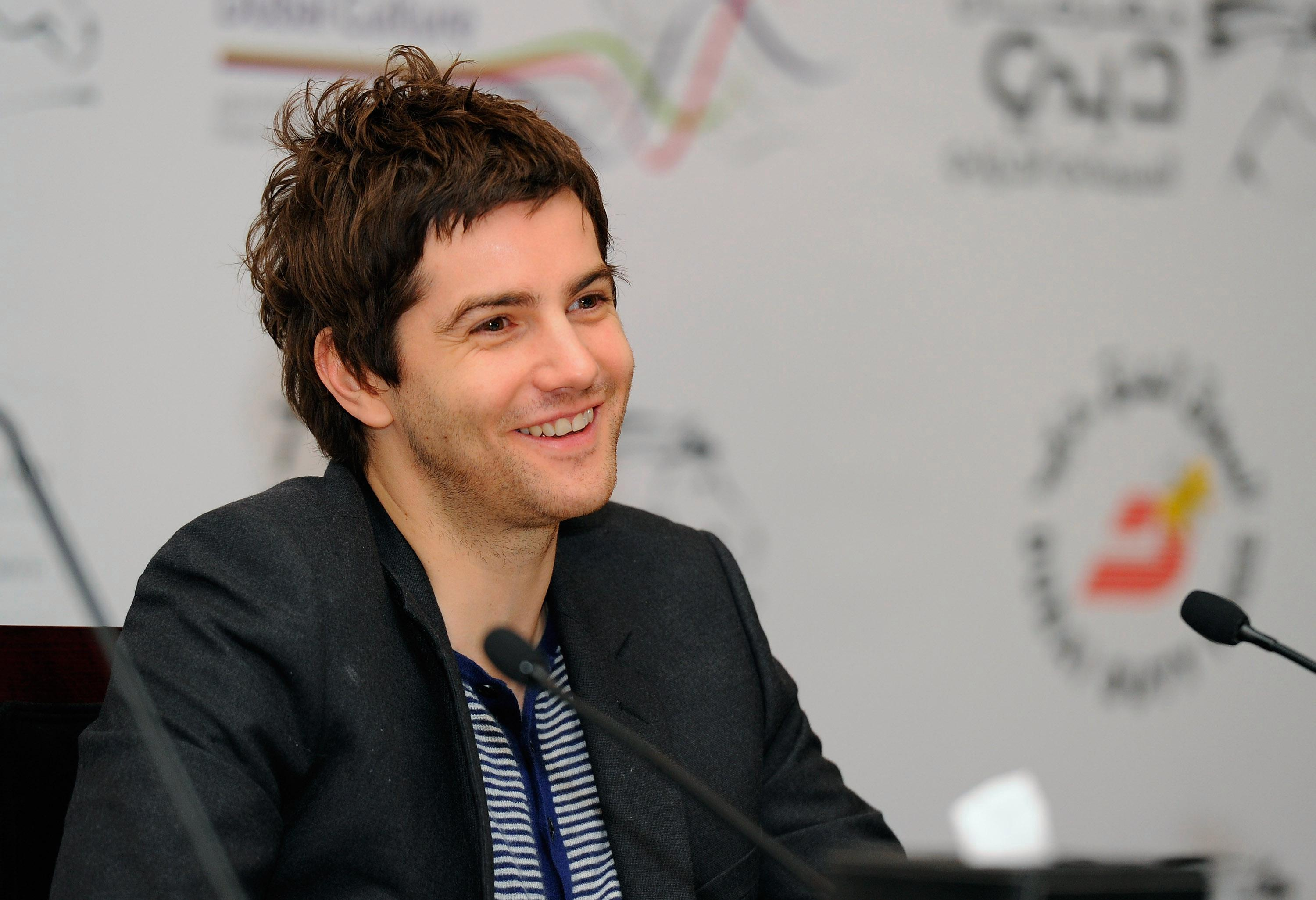 Who is Jim Sturgess, what are the Hard Sun actor's biggest film roles and when did he break up with Bae Doona?