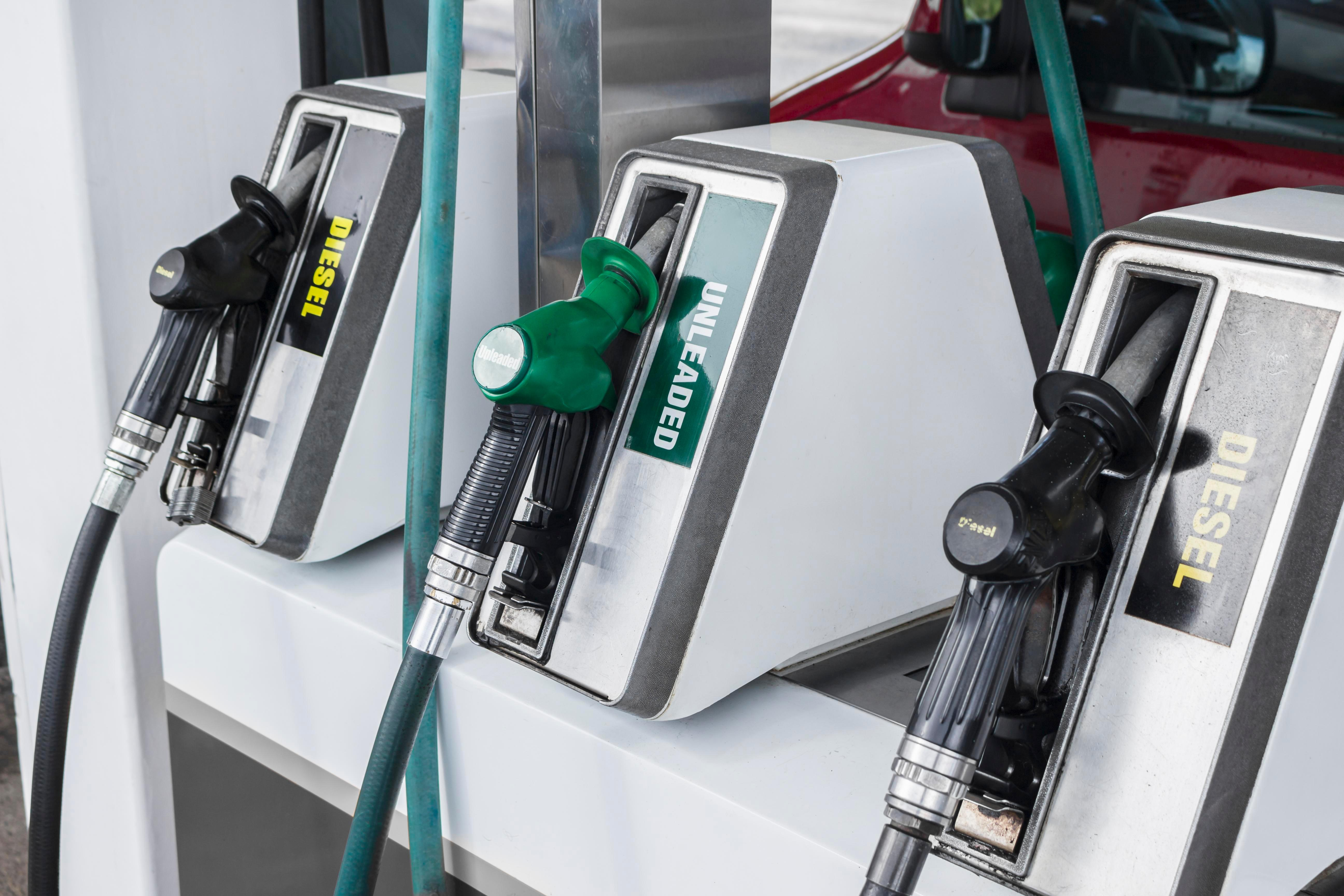 Oil giants face demands to cut price of petrol by 4p a litre as global cost of fuel tumbles