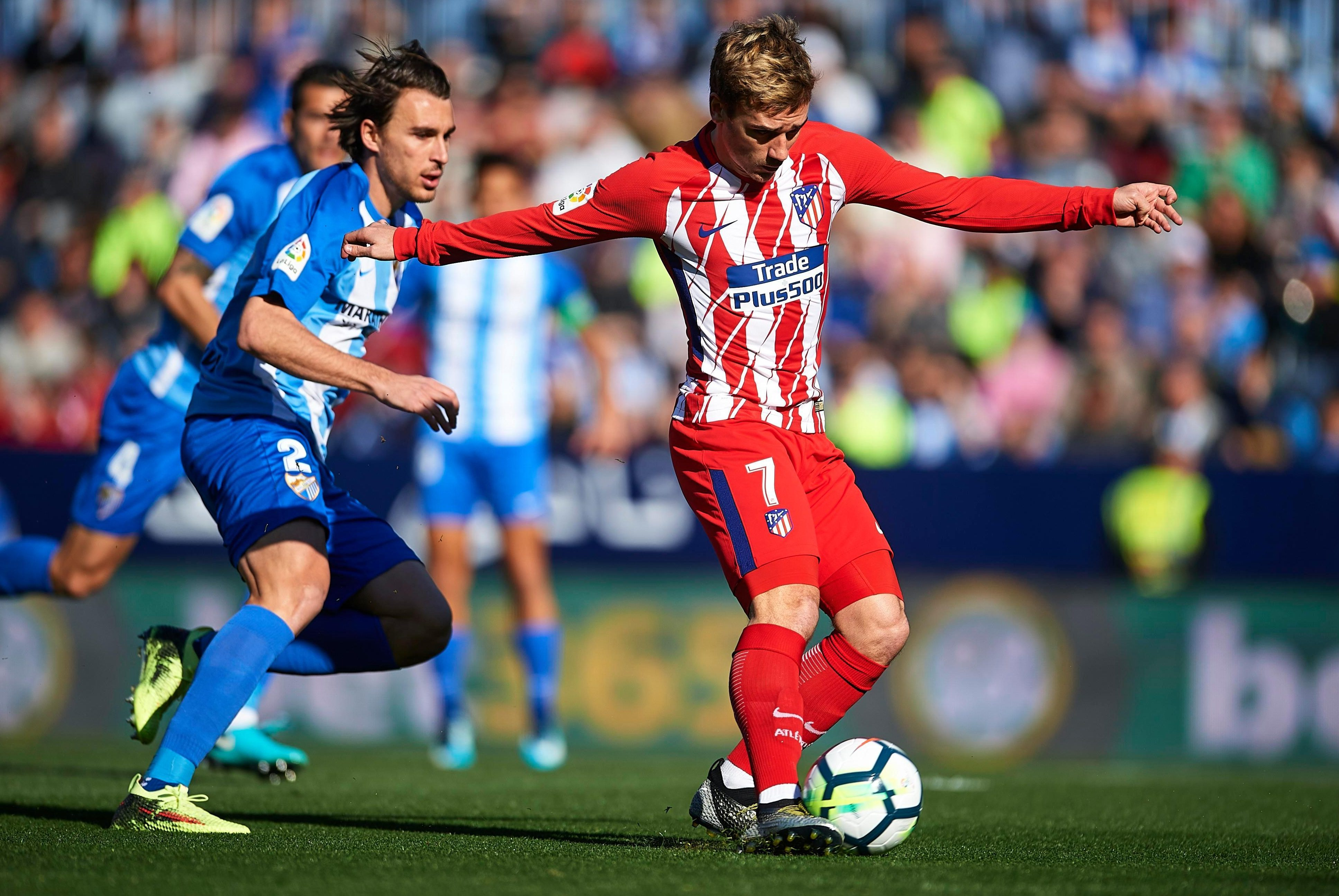 Malaga 0 Atletico Madrid 1: Antoine Griezmann nets winner after just 40 SECONDS as Diego Simeone's men close gap on Barcelona