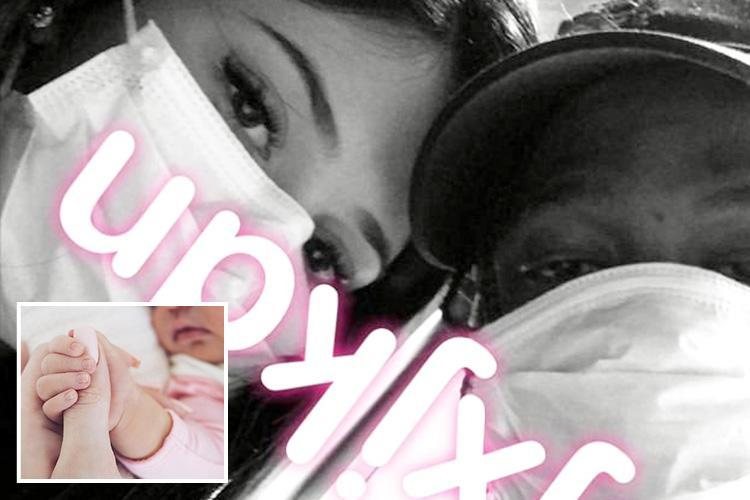 Kylie Jenner and Travis Scott pose for first pic together since the arrival of baby Stormi