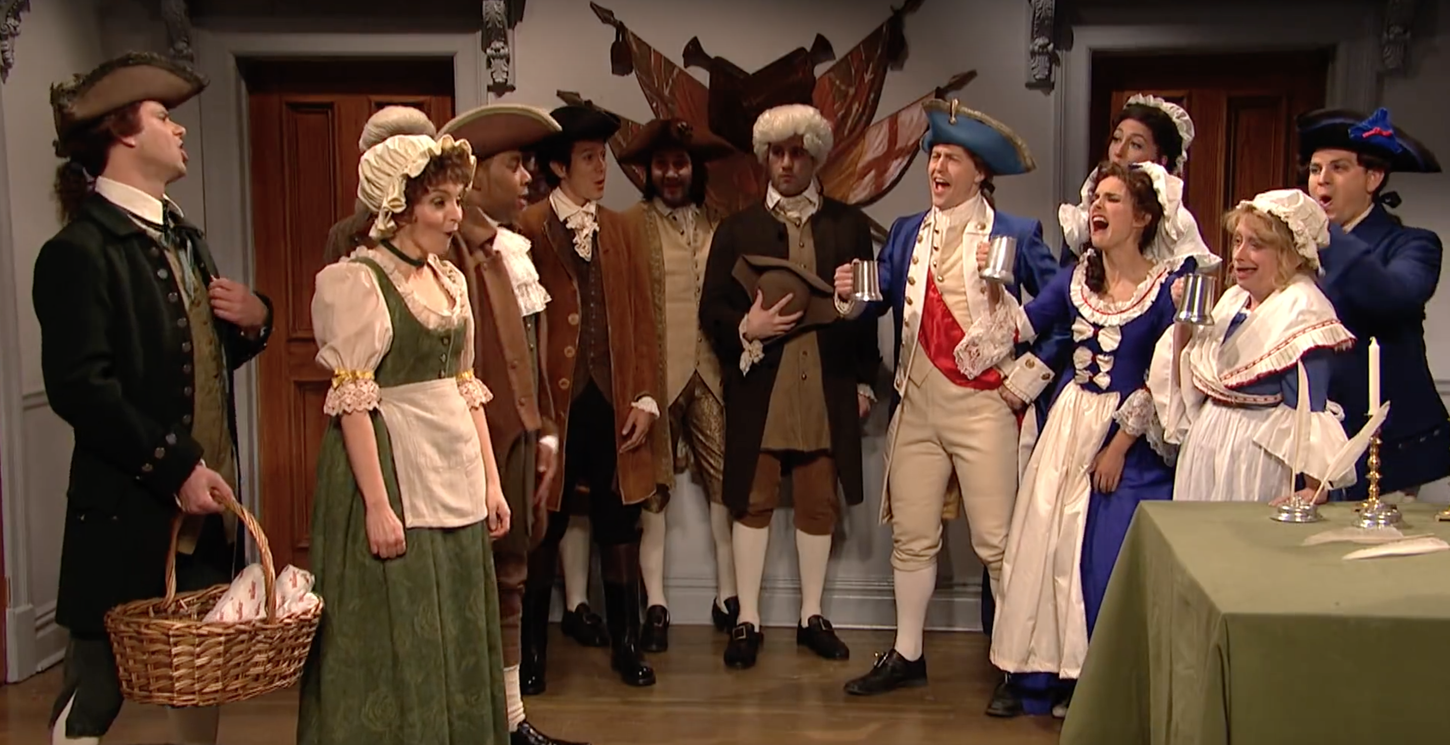 SNL: Tina Fey and Rachel Dratch star in colonial Super Bowl send-up