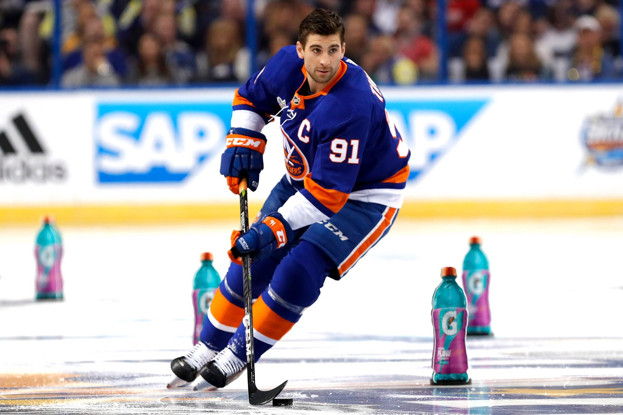 Islanders' trade deadline plan is ultimate John Tavares gamble