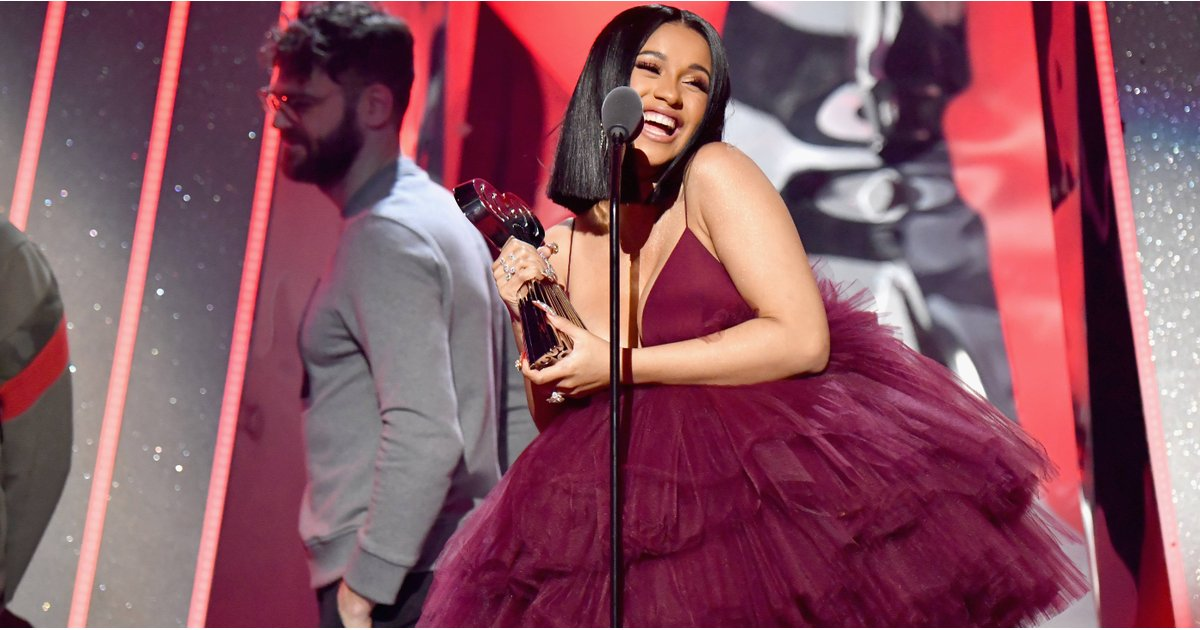 Cardi B Basically Wore a Giant Loofah to the iHeartRadio Awards, and We Secretly Love It