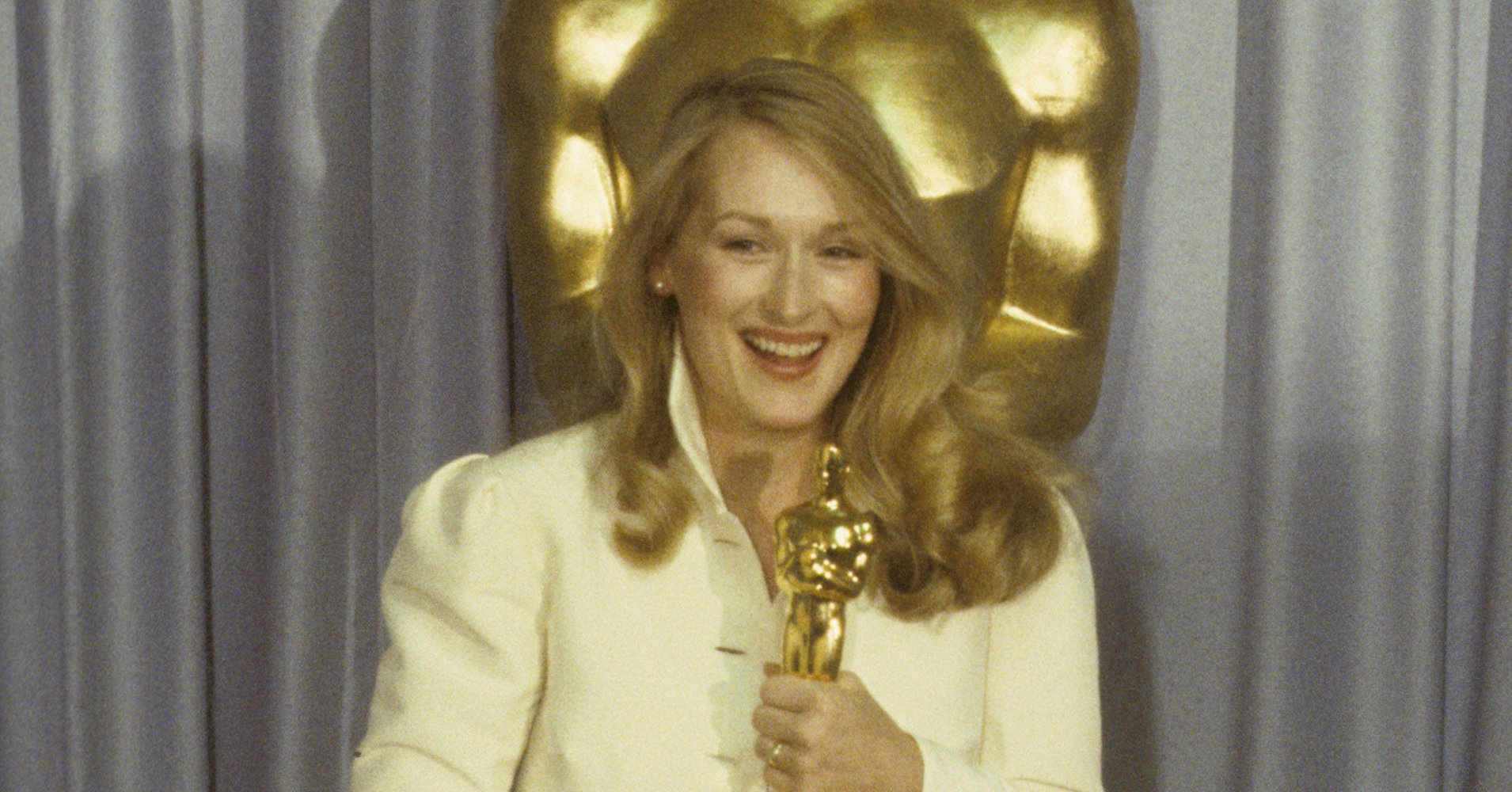 A Stunning Look At 4 Decades Worth Of Meryl Streep's Oscars Style