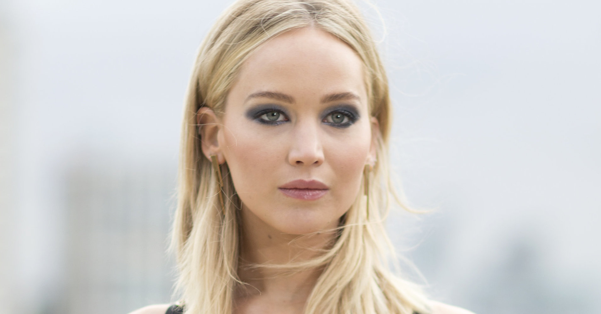 Jennifer Lawrence Defends Nude Scene After Photo Hack: 'One Is My Choice'