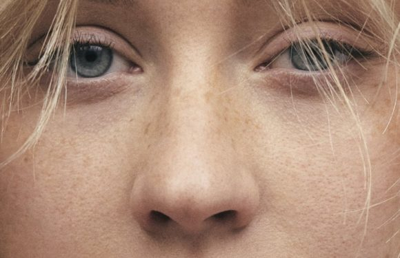 Christina Aguilera Is Barely Recognizable On Paper Magazine Cover