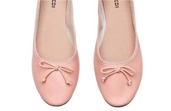 I'm Obsessed With These Comfy $13 Flats From H&M —They Always Get Me Compliments