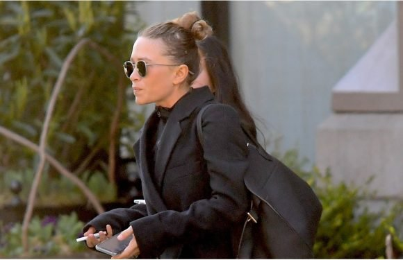 Mary-Kate Olsen Ripped a Page Right Out of Kate Middleton's Style Book With This Hack