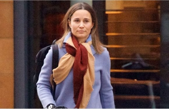 Pippa Middleton's a Springtime Gal, If You Can Pick Up These Signs From Her Coat