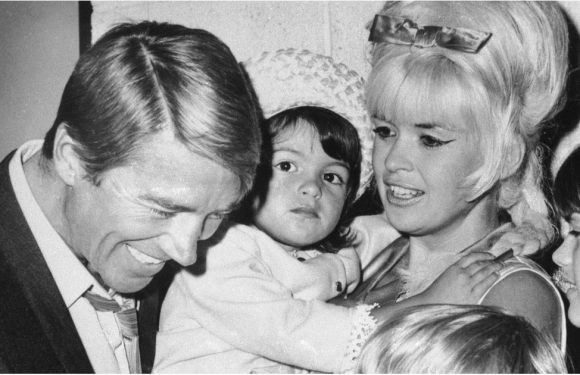 Mariska Hargitay Opens Up About the Tragic Death of Her Famous Mom, Jayne Mansfield