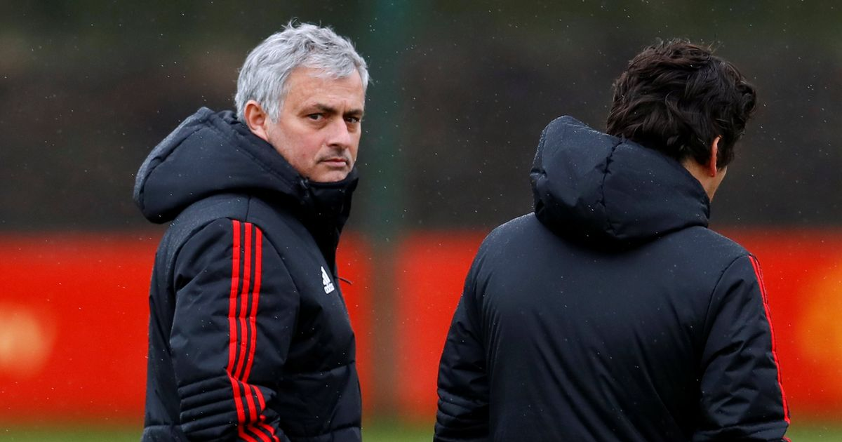 Manchester United injury worries as five key players miss training