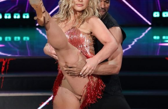 Singer Anastacia suffers epic wardrobe malfunction as she competes on Strictly