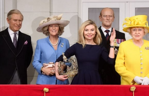Queen of the Jungle Toff 'meets' Royals at Madame Tussauds – but Harry's missing