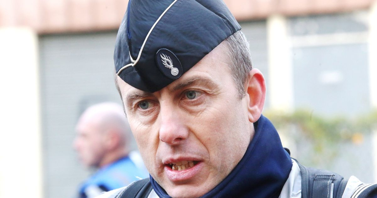 Hero cop who swapped place with woman hostage during French terror attack dies