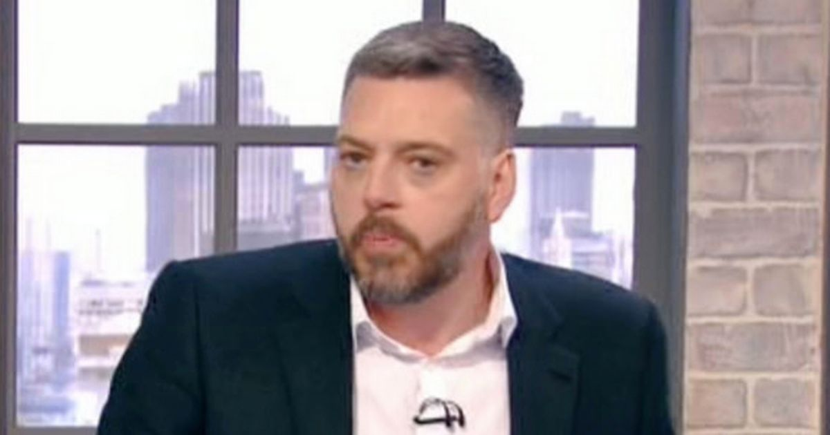 Iain Lee storms off The Wright Stuff after sweary row about his marriage