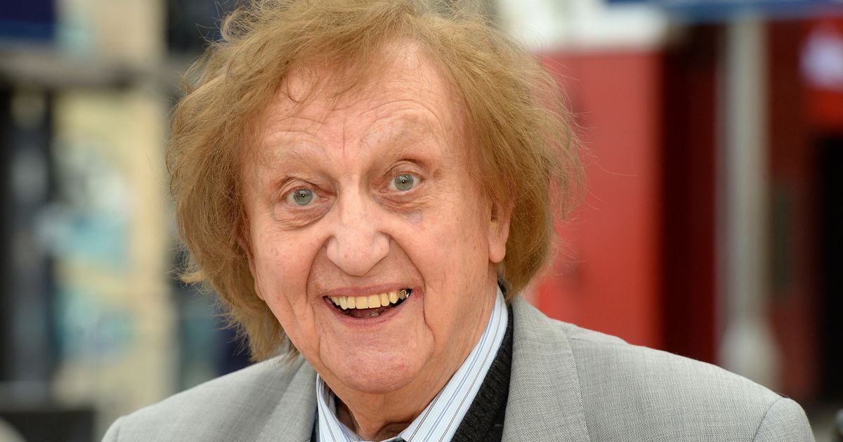 Legendary comedian Sir Ken Dodd's funeral set to take place later this month