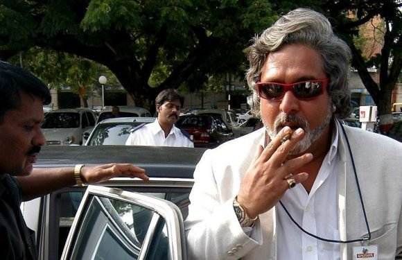 Kingfisher beer boss Vijay Mallya in court as crew of his yacht are left unpaid