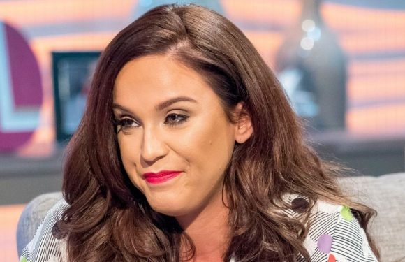 Vicky Pattison reveals she was 'hungover' on Lorraine after lipstick disaster