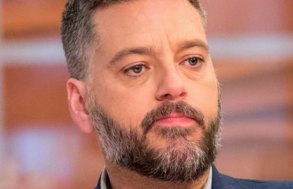 I'm A Celeb's Iain Lee rescued by emergency services after 'falling down well'