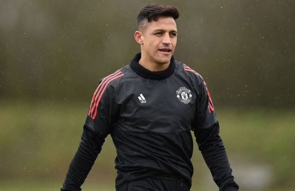 Why Alexis Sanchez eats alone at Manchester United revealed