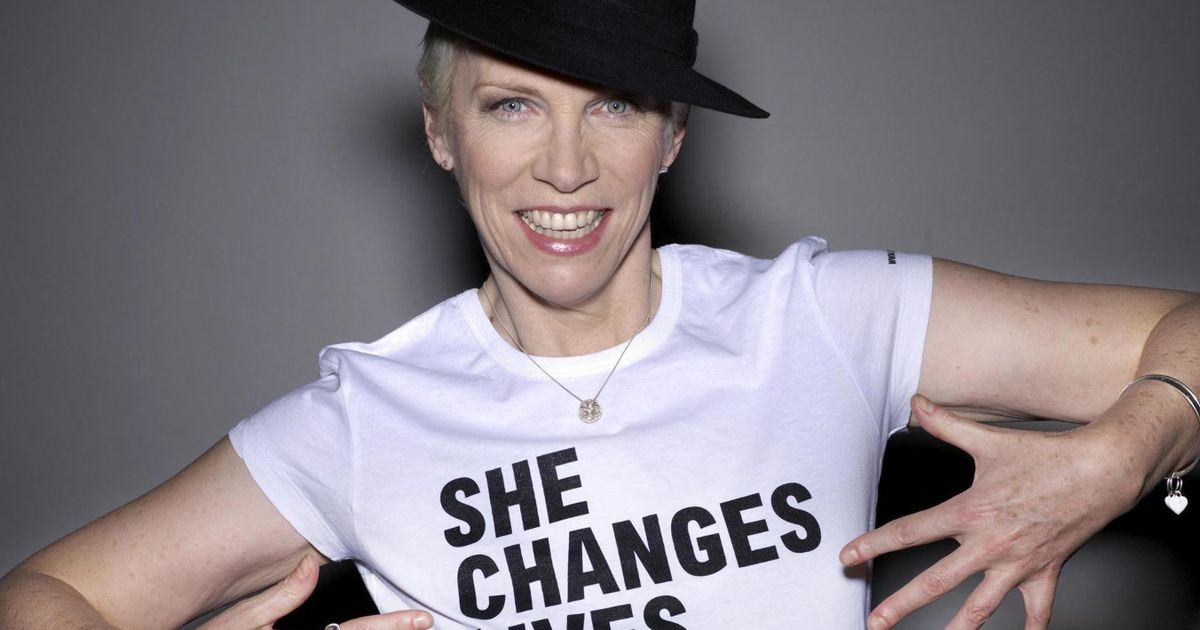Annie Lennox vows she will not walk away from Oxfam