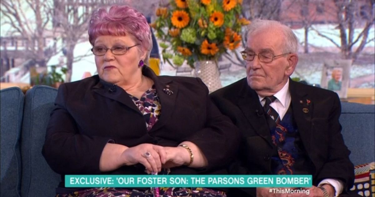 Foster parents of Parsons Green Tube bomber vow to continue caring for refugees