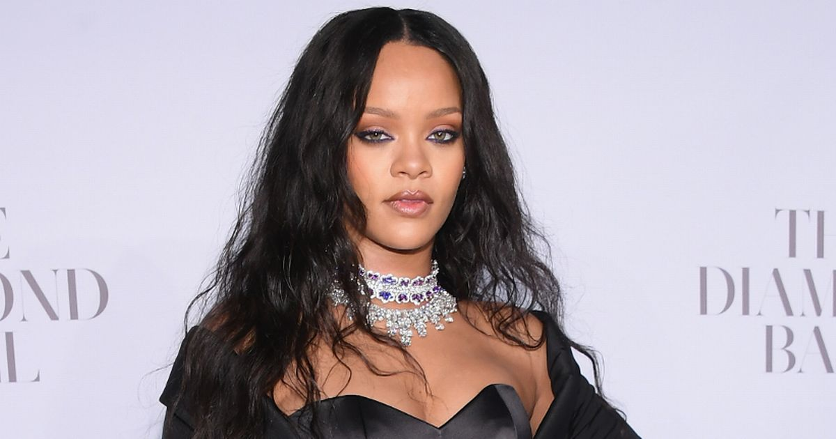 Rihanna tells Snapchat where to stick its apology over controversial advert