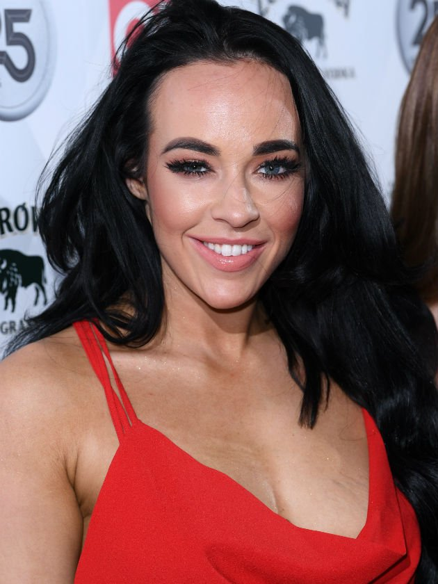 Fans defend Stephanie Davis after she's accused of editing shock photo