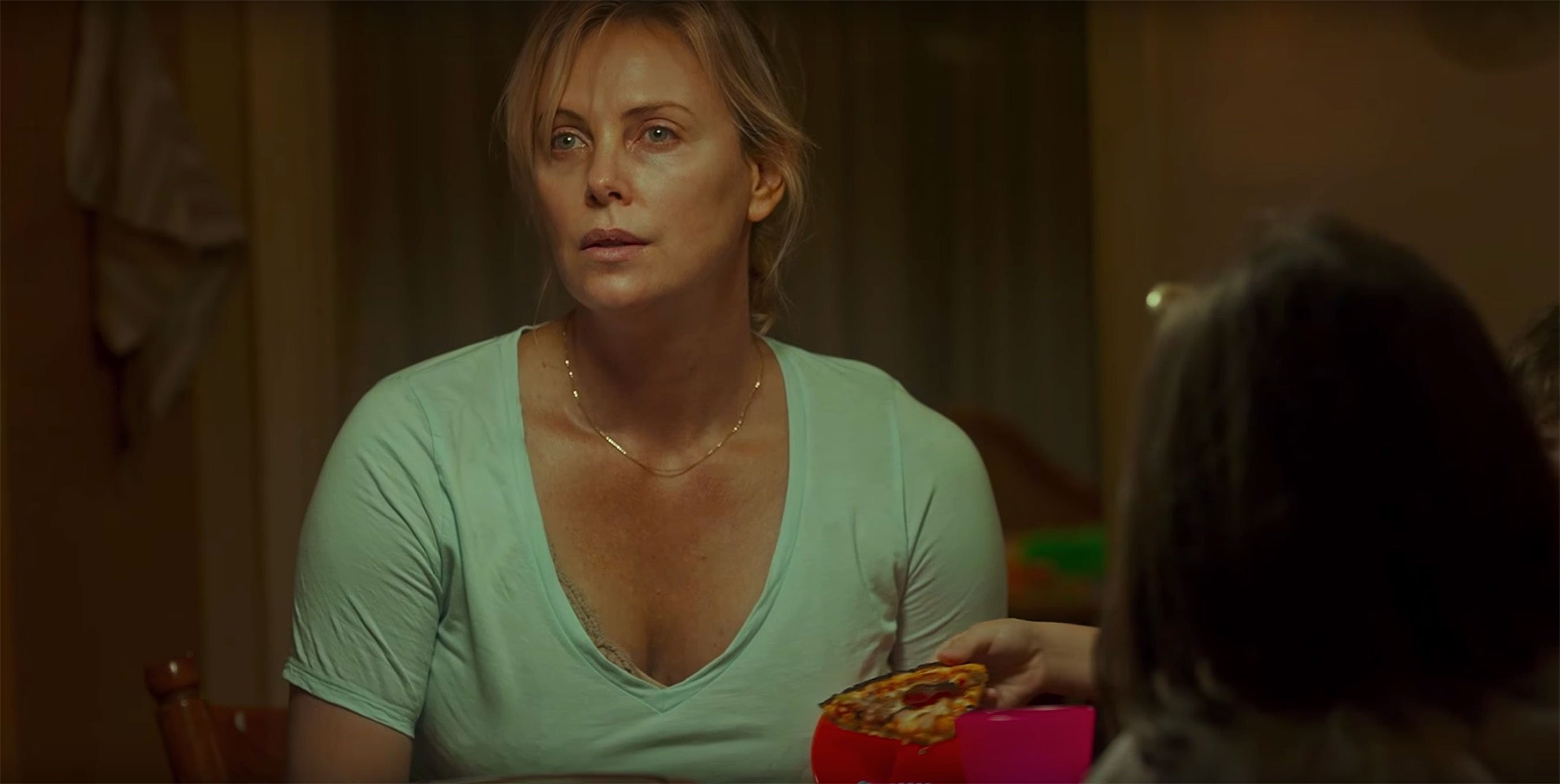 Tully: Charlize Theron needs some help in new trailer ...