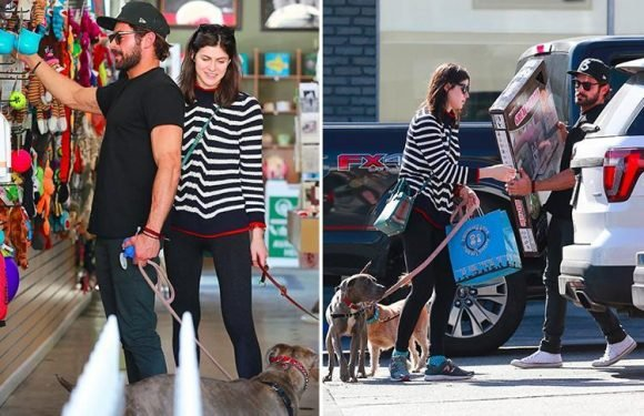 Zac Efron and Alexandra Daddario continue to spark dating rumours as they visit pet shop
