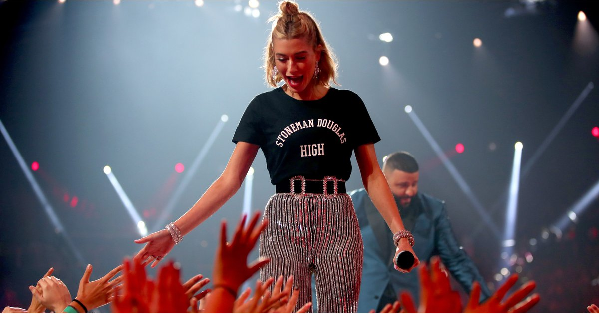 Hailey Baldwin Skipped a Dress to Wear This Very Important T-Shirt at the iHeartRadio Awards